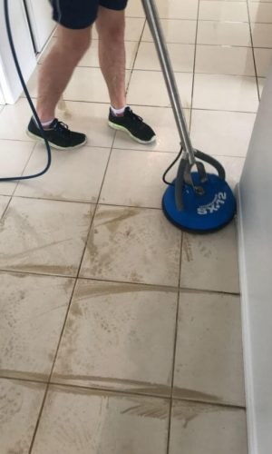 tile cleaning cairns
